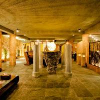 ハナミツホテル&スパのロビー