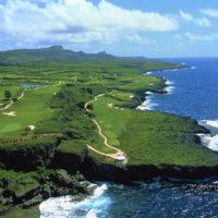 キングフィッシャー・ゴルフリンクスの、サイパン島の豊かな自然を活かしたダイナミックなコース