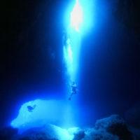 グロットの水中画像