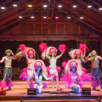 フィエスタリゾート&スパサイパンで毎晩開催される伝統ダンスショー「ジョイフルディナーショー」