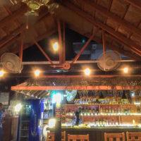 メキシカン&スモーク料理レストラン「ロコ&タコ」のバーカウンター