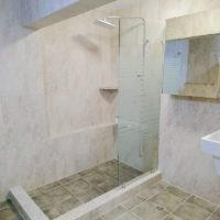 サイパンビーチホテルのバスルーム・シャワーブース