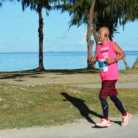 サイパンマラソン2018 海沿いコースを走るランナー
