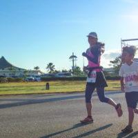 サイパンマラソン2018 街ランの10kmコースは親子参加も多い。