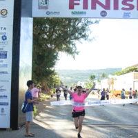 サイパンマラソン2018 ゴールシーン。子どもも楽しく走れるフラットなコースがサイパンマラソンの魅力のひとつ。