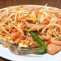 はローカルにも人気のベトナム料理レストラントゥルオングスのヌードル